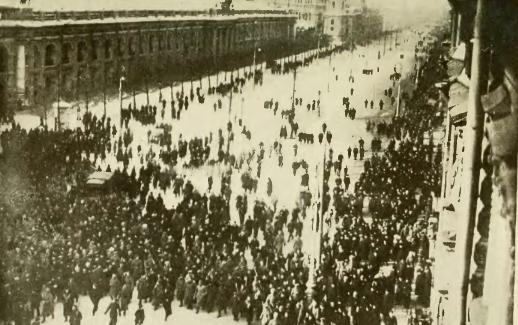 Demonstration in Nevsky Prospekt Feb1917 Public Domain