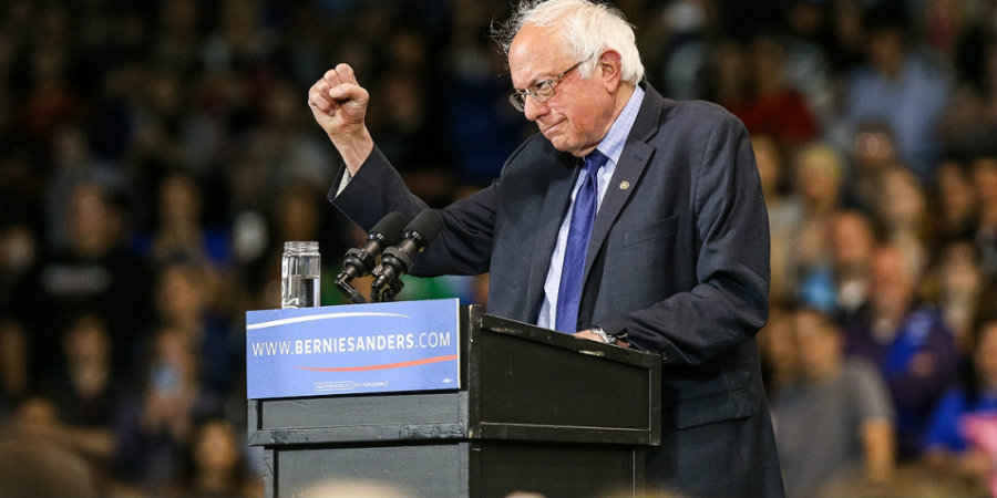 Bernie Sanders gana Trump arrasa