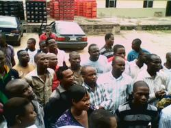 Nigeria_-_dangote-workers-picket-02