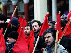 thumb_2012-02-09_greece_general_strike_and_semiuprising_photo_Nick_Papakyriazis